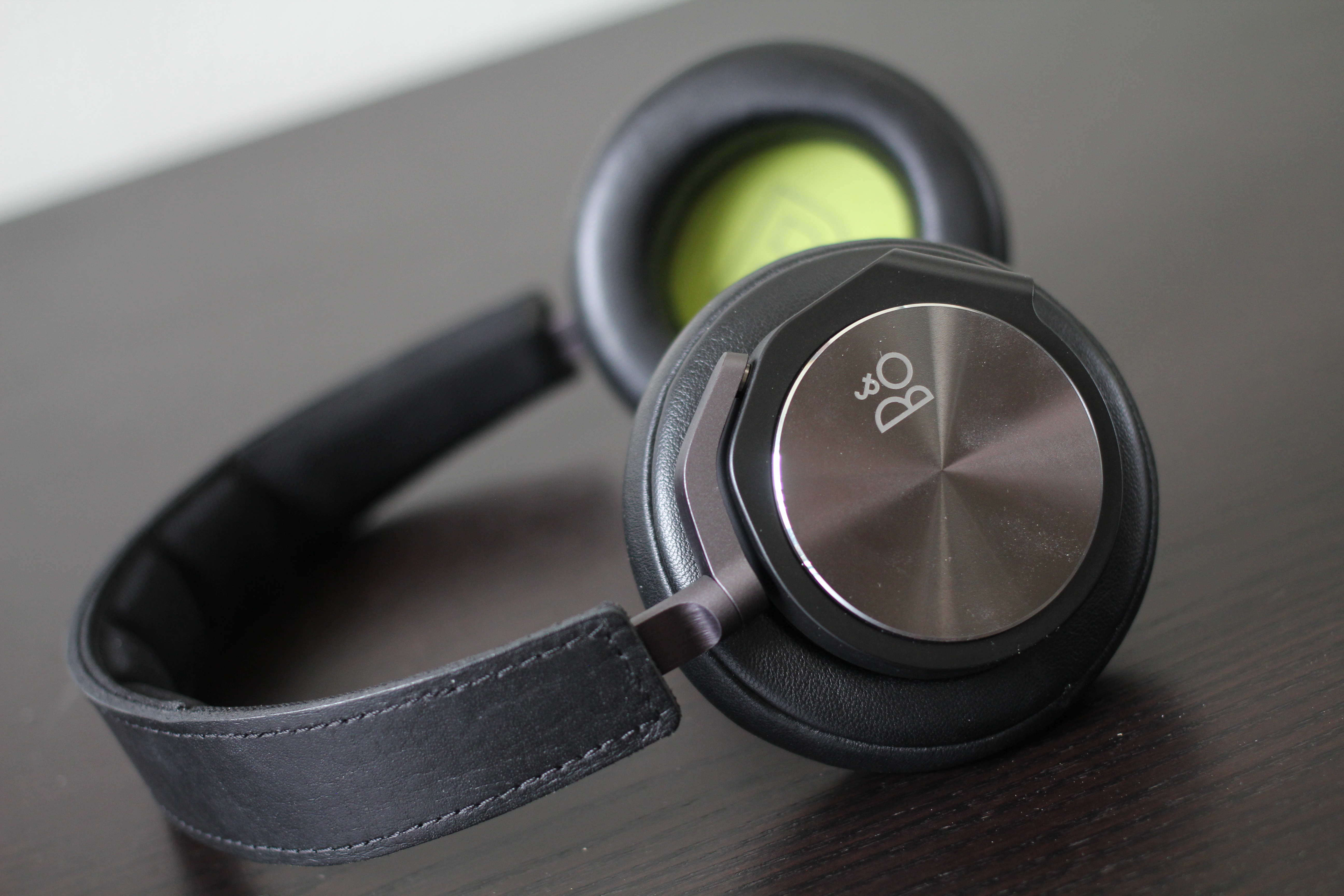 Højmoderne Bang and Olufsen BeoPlay H6 Review GD-22