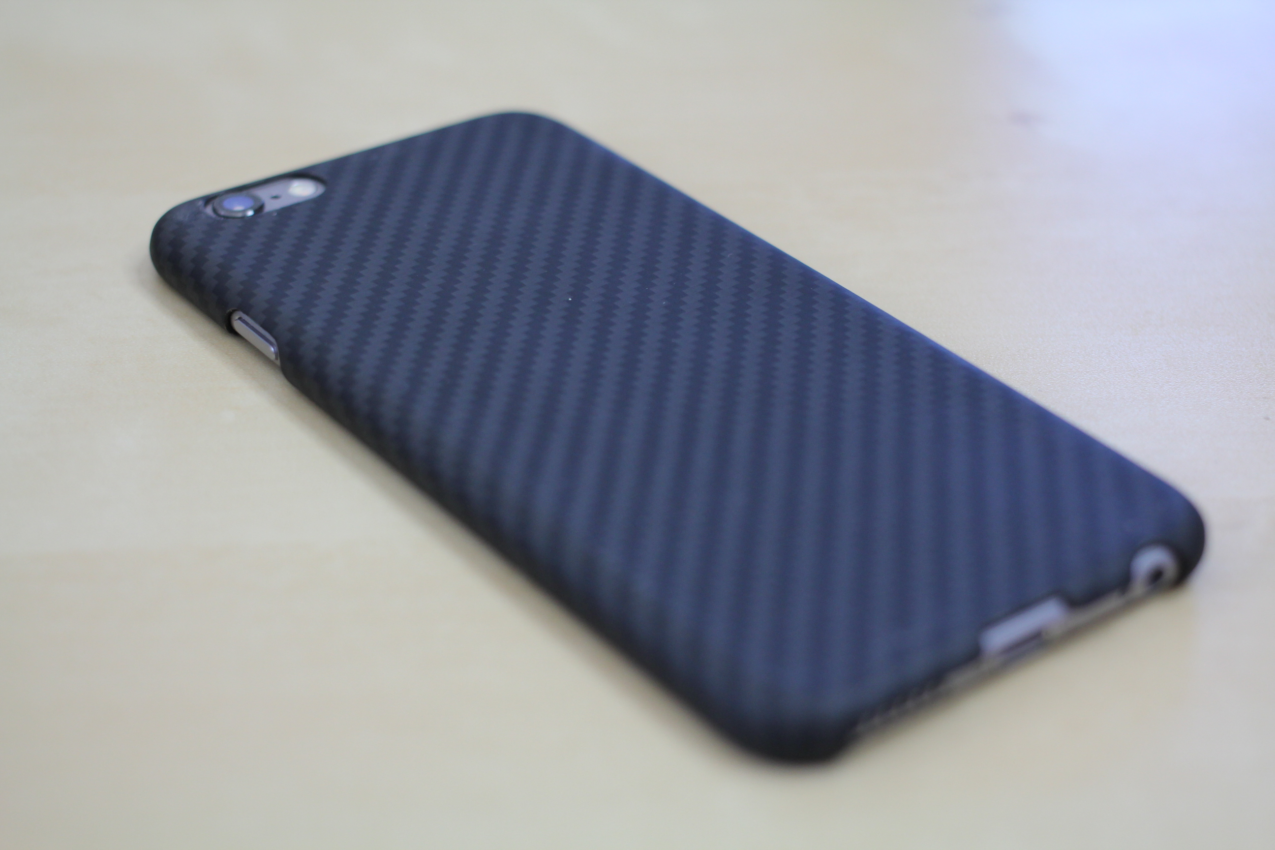 best service 3c533 51f16 Pitaka Aramid iPhone Case Review - My New Favorite iPhone Case!